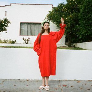 3234u Selena Dress in Cherry